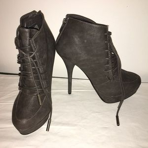 "NEW SHIEKH DARK GREY 5 1/2"" HIGH HEEL BOOTIE 6 1/2"